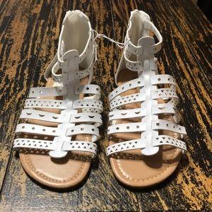 02cf6fbc25bec Bobbie Brooks Shoes - New Bobbie Brooks girls white strap sandles size 2